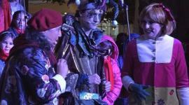Celia Vela dresses Fumera, the emissary of the Magician Kings